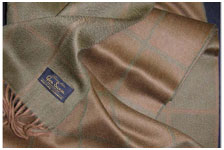 Кашемировый шотландский шарф Garda Olive
