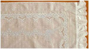 Образец 2 вышивки для постельного белья новорожденным